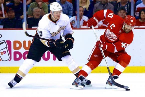 Detroit Red Wings vs. Anaheim Ducks at Joe Louis Arena